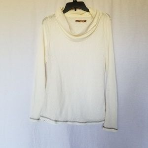 Prana breath cowl neck top size XL.